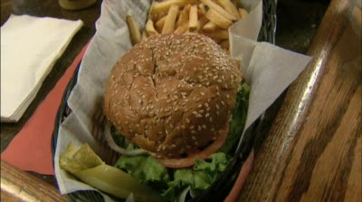 Nitty Gritty Wins Best Of Madison Award For Burgers