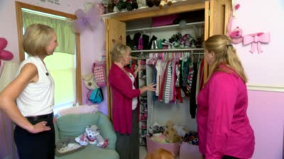 Professional organizer helps working mom organize closets