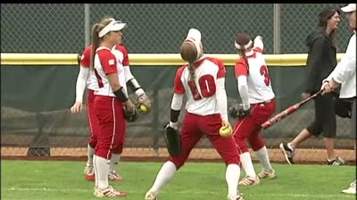 Badger softball stays alive at NCAA
